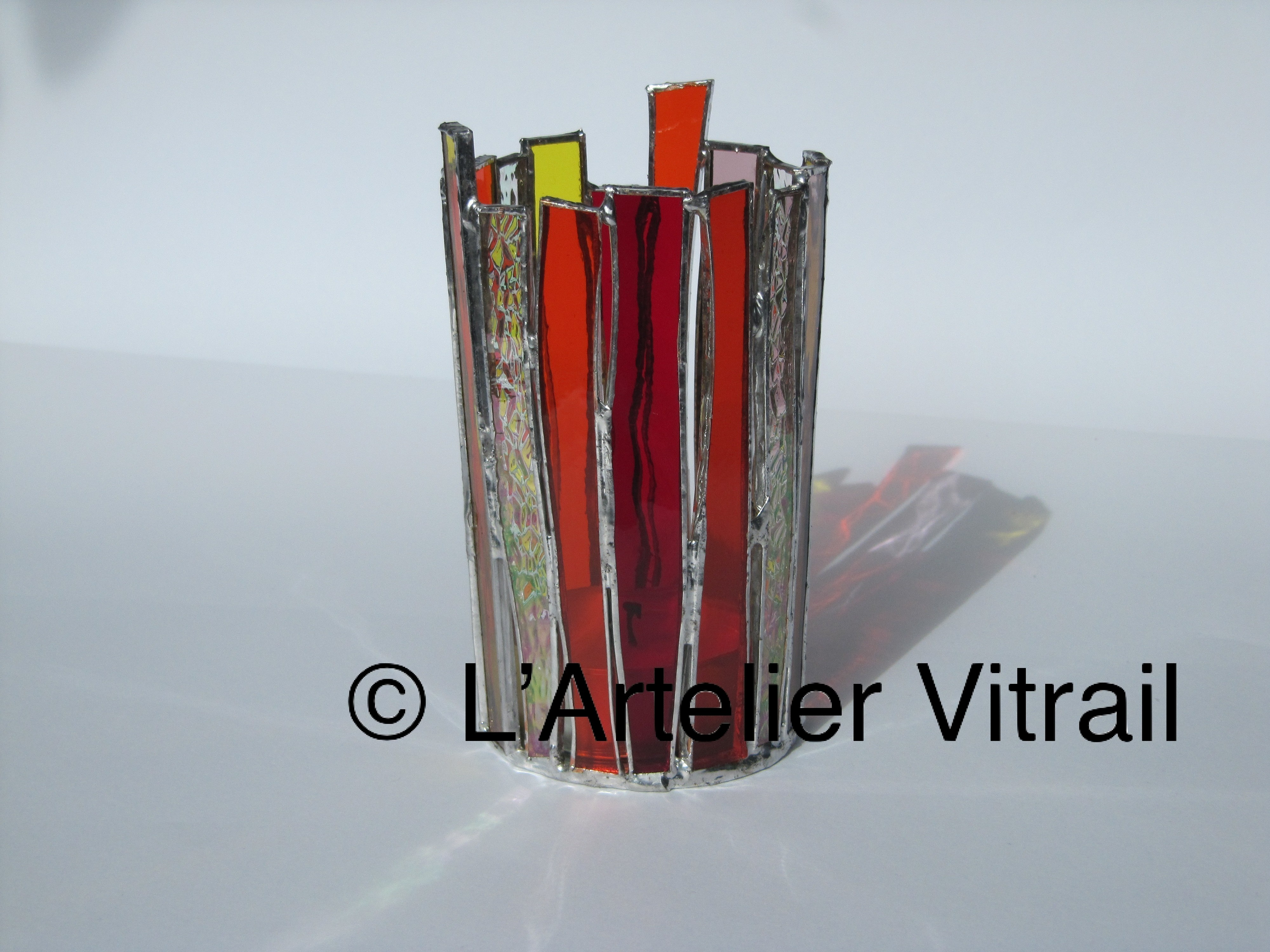 D coration l 39 art elier vitraill 39 art elier vitrail for Miroir vitrail modeles